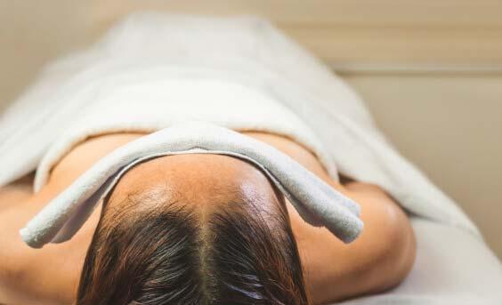 Shirodhara masajes para el insomnio
